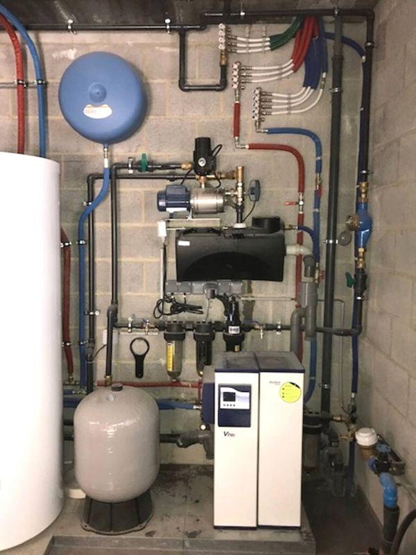 installation système récupération eau de pluie complexe
